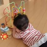 赤ちゃんのお座りとハイハイどっちが先なの?時期や順番を教えて!!